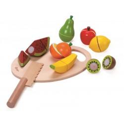 Owoce do krojenia na desce