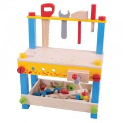 Warsztat z narzędziami i śrubkami
